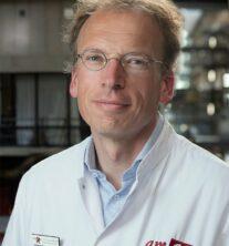 Dr. L.R.C.W. van Lonkhuijzen